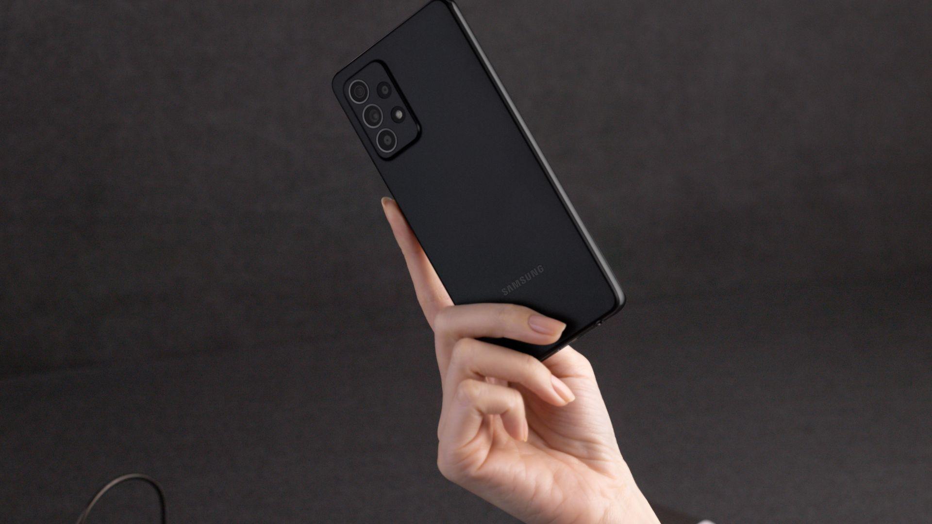 Samsung може да върне водното охлаждане на своите смартфони