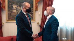 Радев: Преследването на български книги трябва да остане завинаги в тоталитарното минало