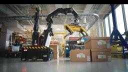 Американските компании ускорено внедряват роботи