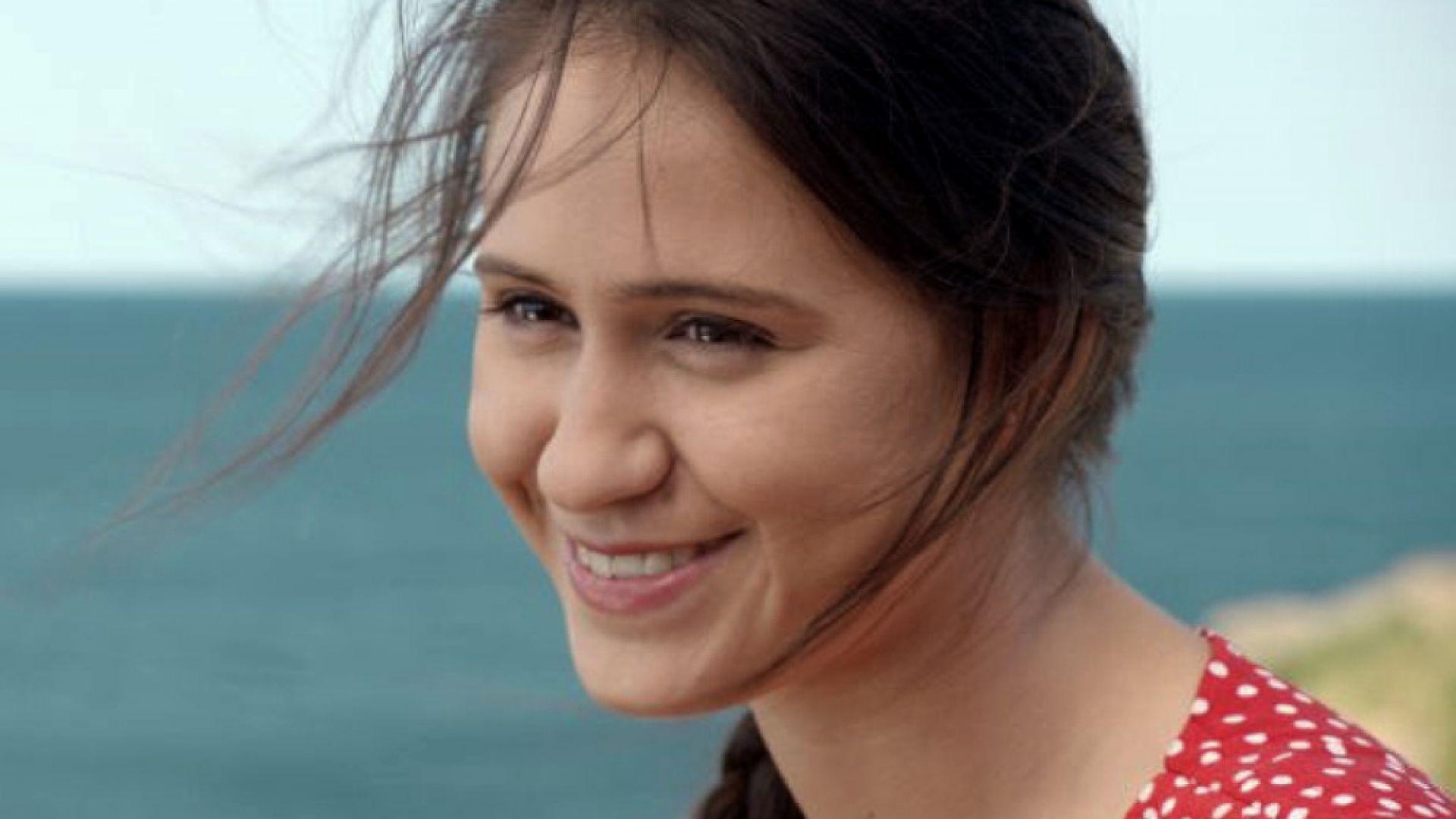 Мария Бакалова: Бих се върнала в България, тя е дом, но бих живяла и в Америка