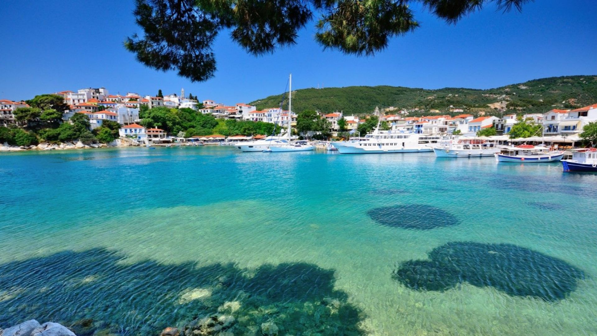 """62 гръцки острова в програмата """"Остров без Covid"""""""