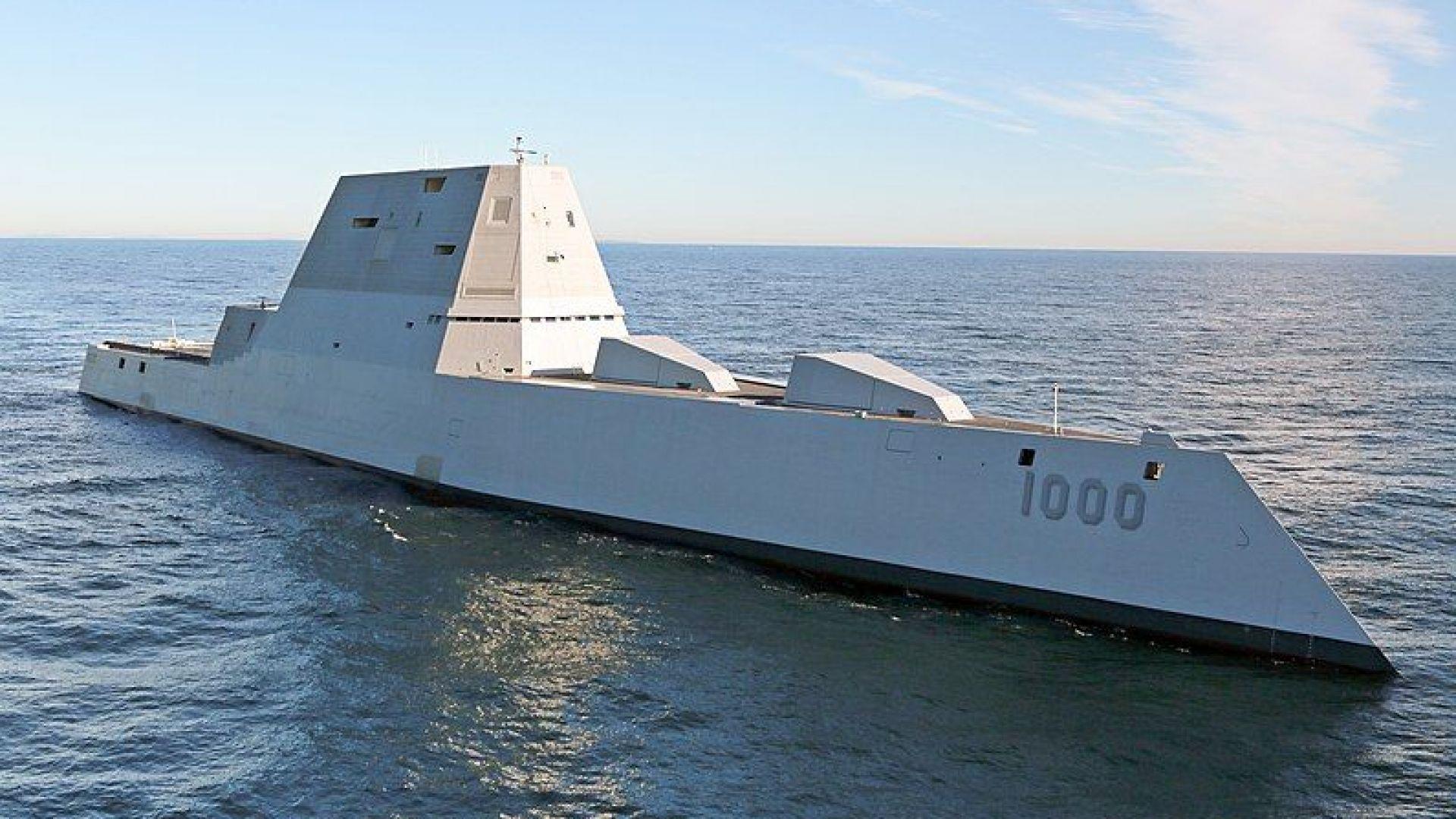 """САЩ модернизират ескадрените миноносци от клас """"Зумвалт"""""""