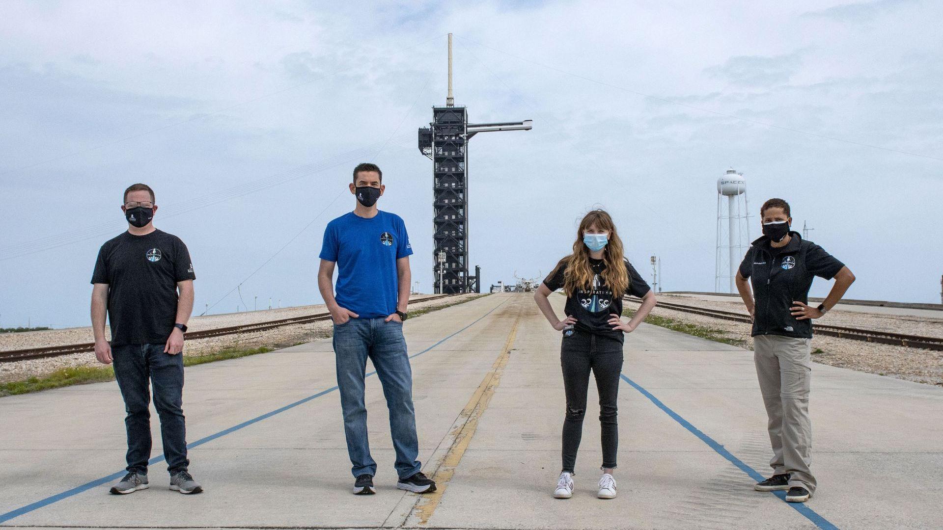 """Готов е екипажът за частна космическа разходка със """"СпейсЕкс"""""""