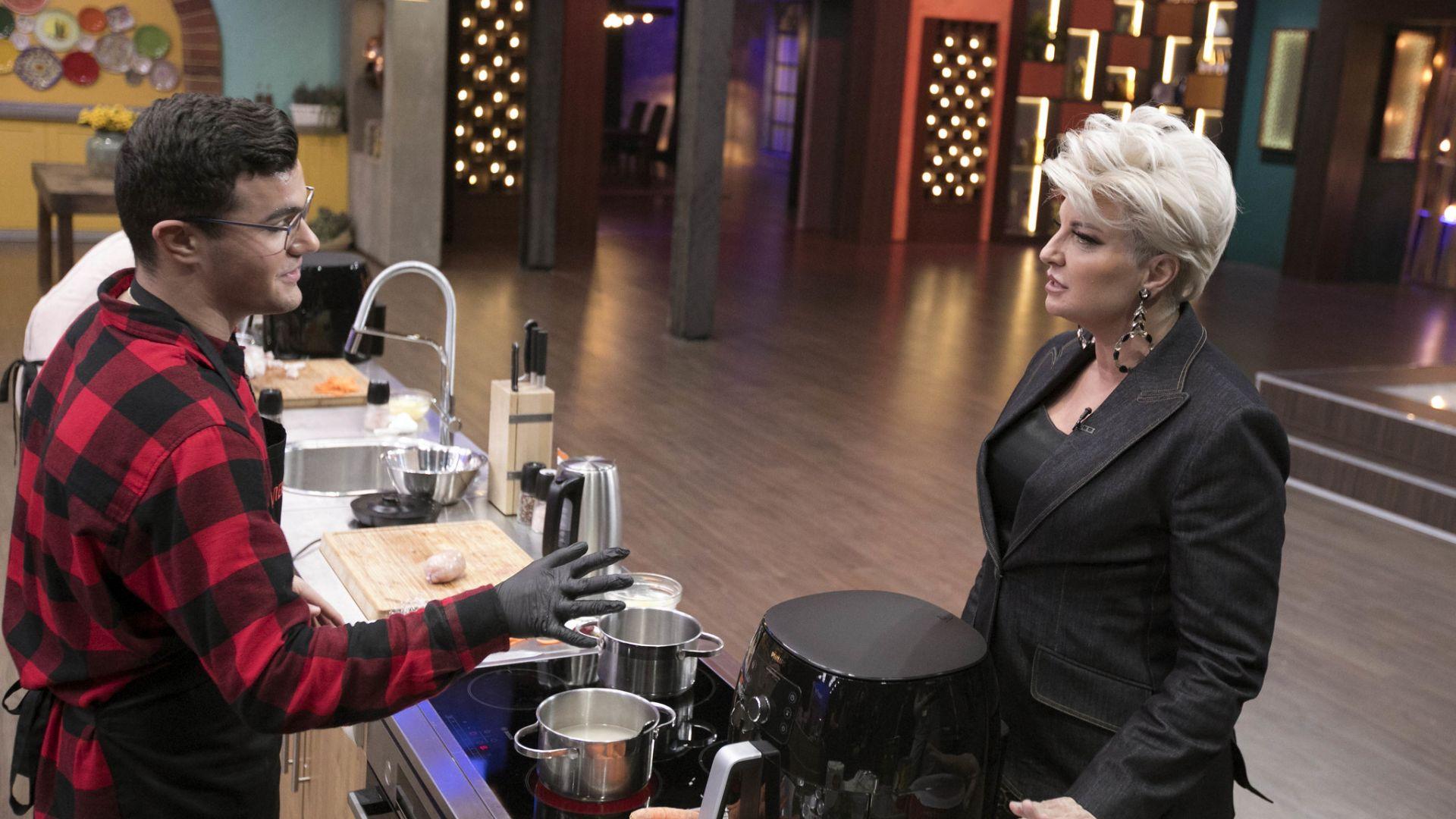 """Силвена Роу се разплака за младия кулинарен гений на """"Мастършеф"""""""