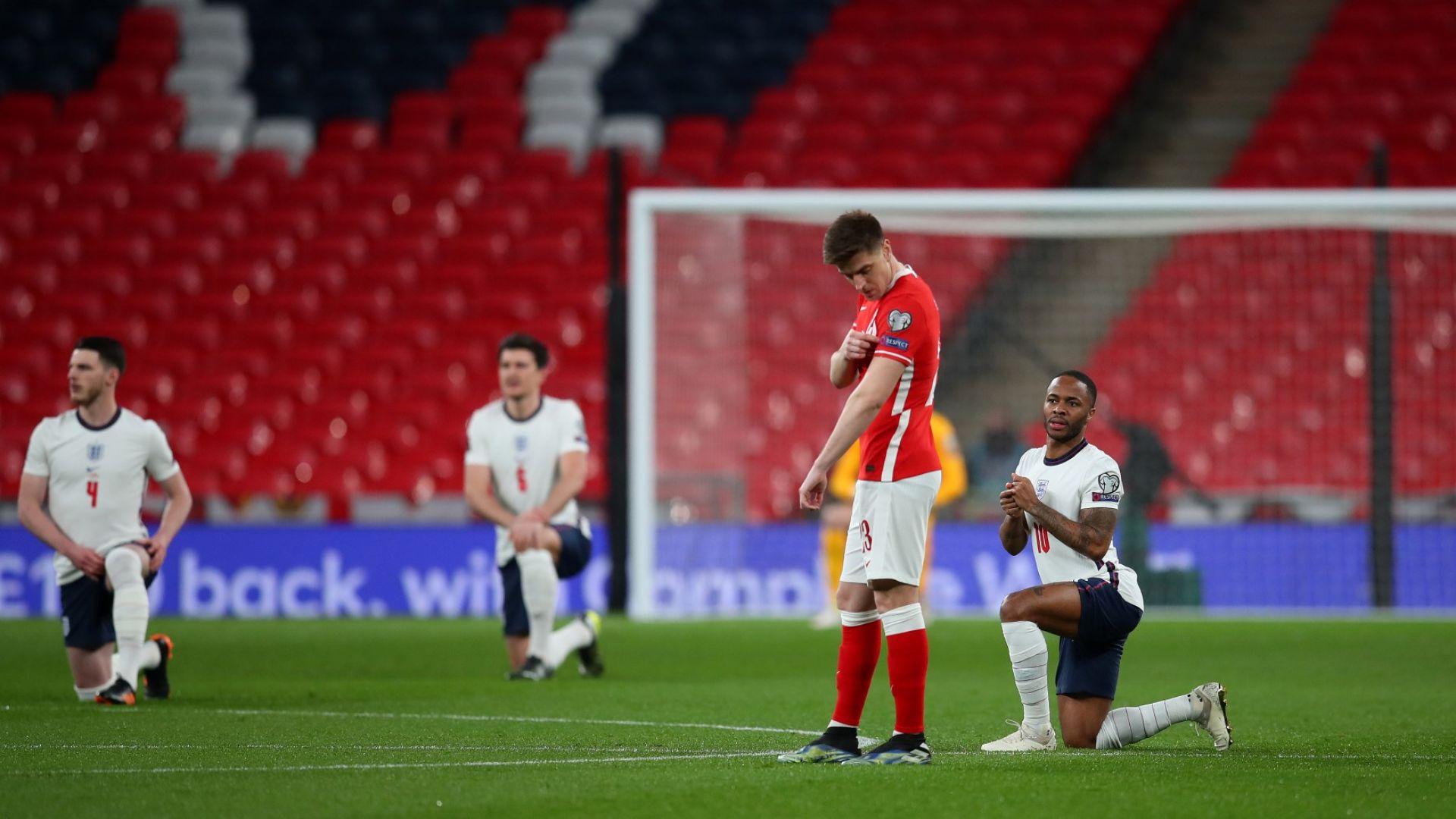 Политика и футбол: Скандали белязаха мачовете на Англия и Испания