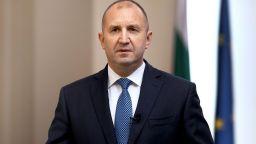 Радев след рокадите във властта: Със служебния кабинет се връща държавността