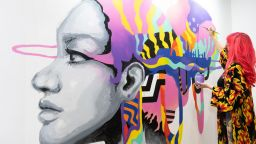В Дубай отвори врати панаирът на изкуствата