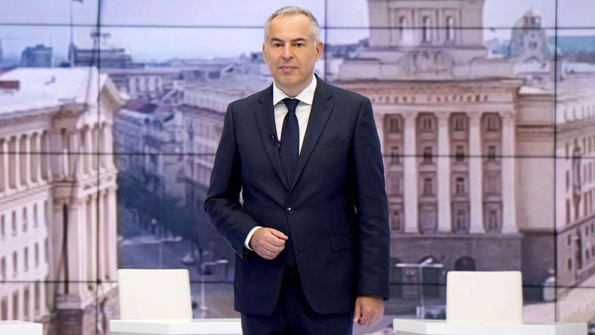 """Водещият на """"Панорама"""" Бойко Василев стана баща"""