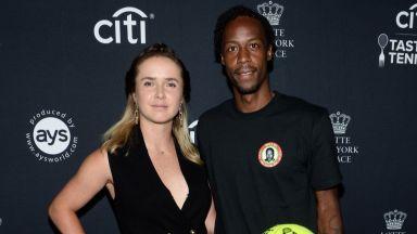 Най-бляскавата двойка в тениса става семейство Монфис