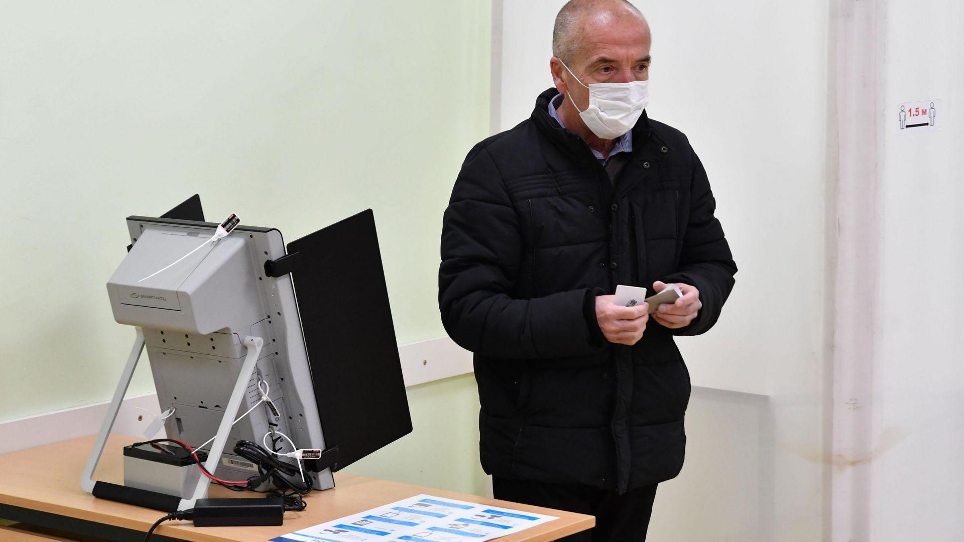 Мангъров смята за грешка коалицията на АБВ с БСП