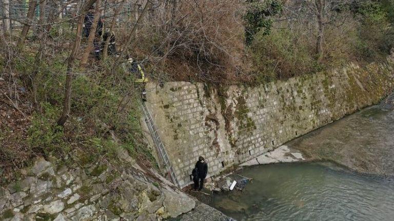 11-годишно момче падна по време на игра в отводнителен канал