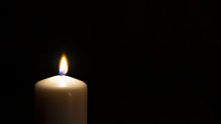 Тази нощ в болницата в Добрич е починал 3-годишният Крис,