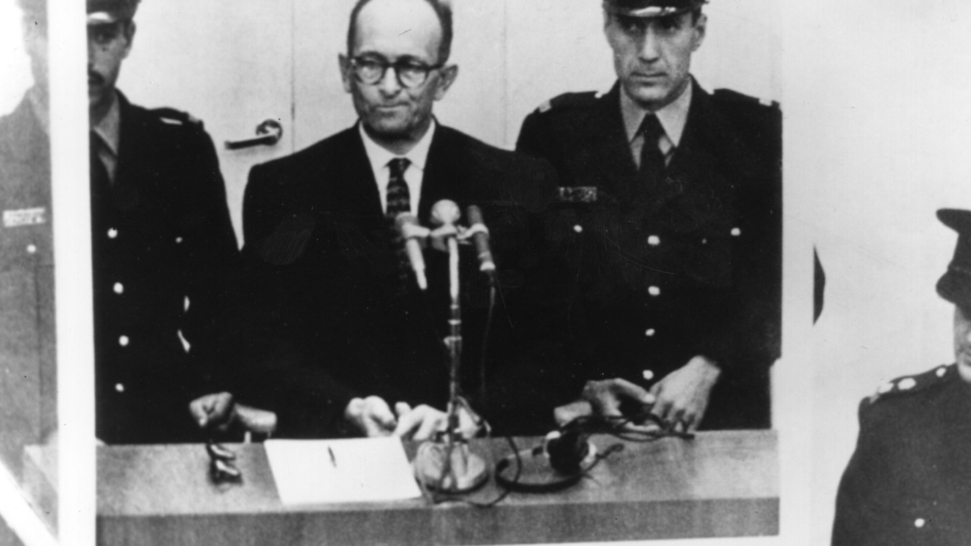 Живот след бесилото: 60 години от процеса срещу еврейския екзекутор Адолф Айхман