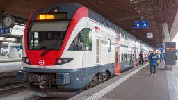 """Сърбия купува скоростни влакове """"Щадлер"""""""