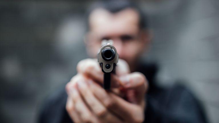 Бизнесмен от карловското село Васил Левски е прострелян неволно в