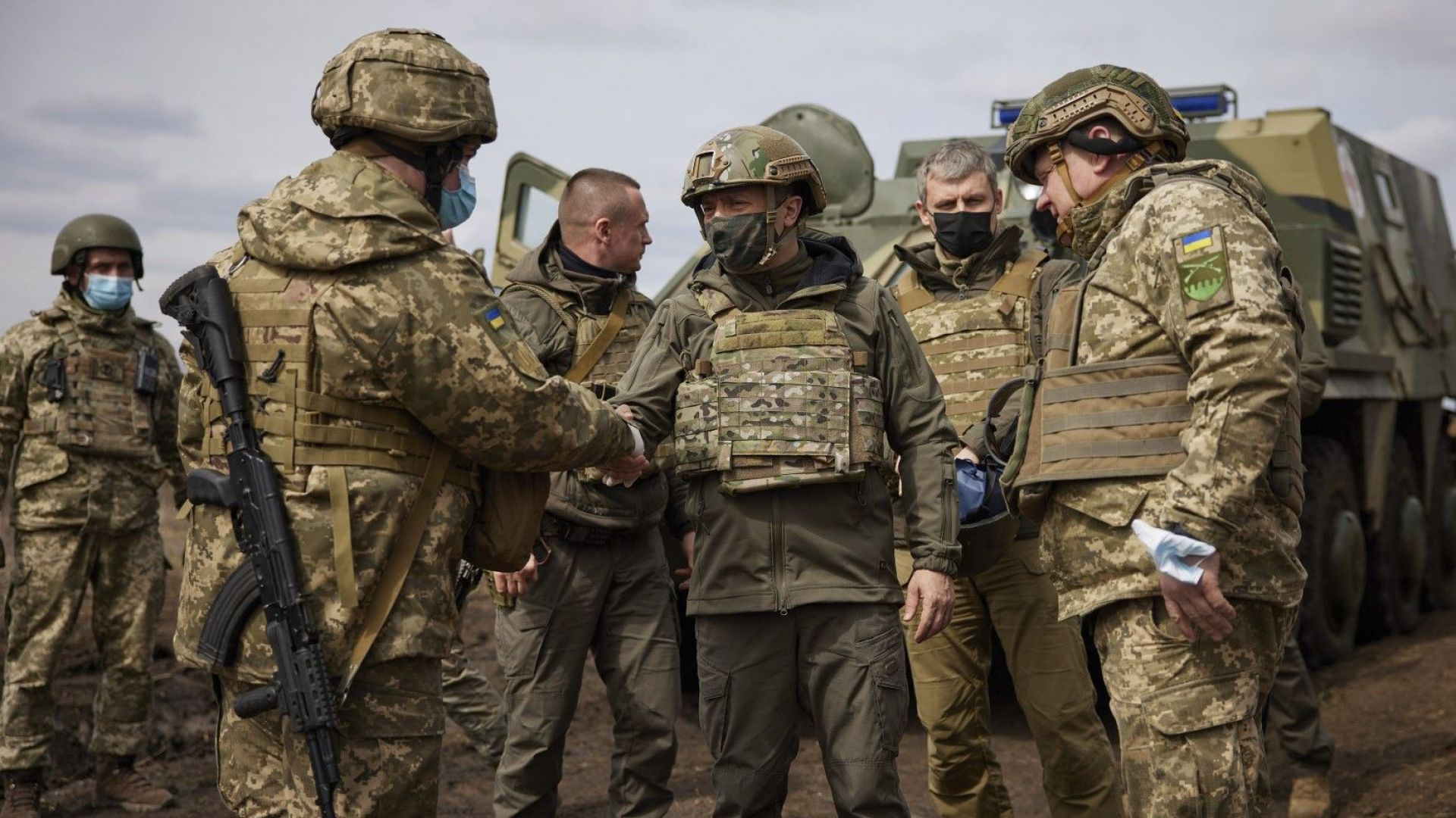 Напрежението в Донбас ескалира: Ще се стигне ли до военна намеса на Русия