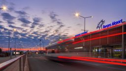 Над 800 полета до Варна и Бургас са отменени
