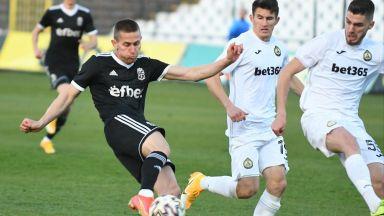 Славия получи три гола в Овча купел и остава в тежка битка за спасение