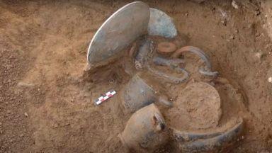 Археолози откриха древен некропол на остров Корсика