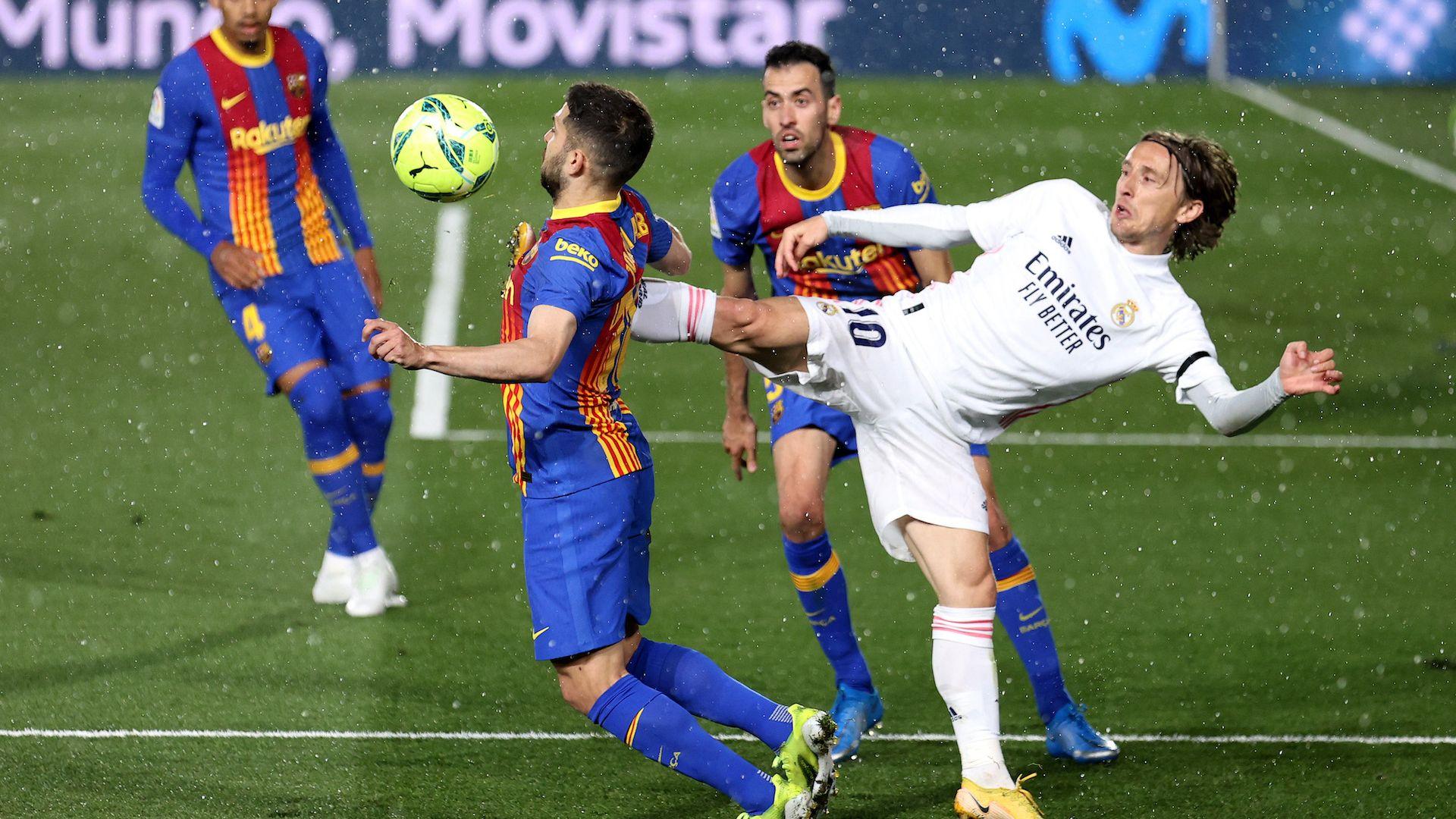 Шеф в УЕФА предупреди: Реал, Барса и Юве може да изхвърчат от Шампионската лига