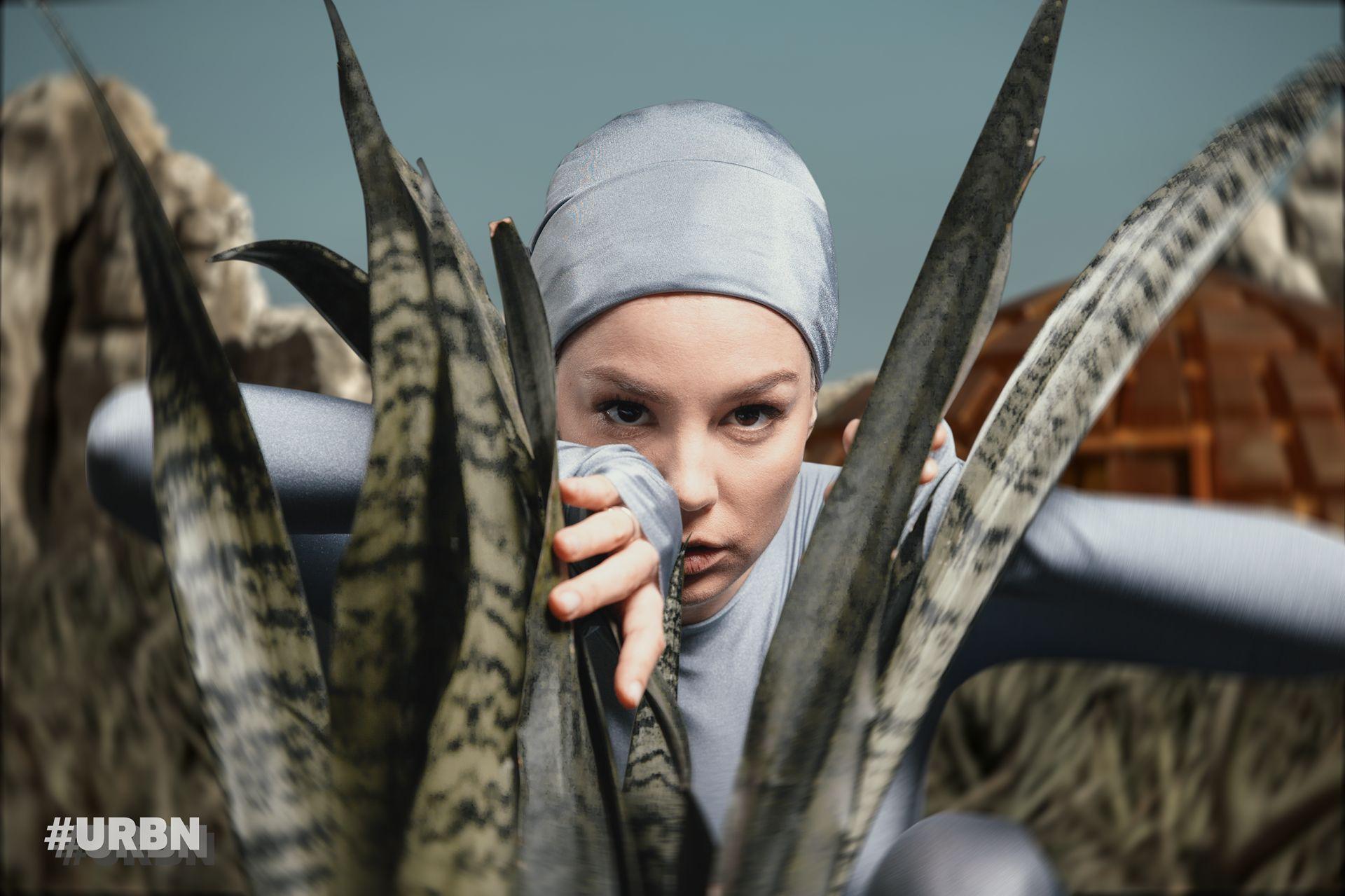 Ива Янкулова //Фотография: Десислава Генкова - Елриша за #URBN// 3D ефекти: Ivan Tride// Гардероб: Александрина Дременджийска & Zero-Tags