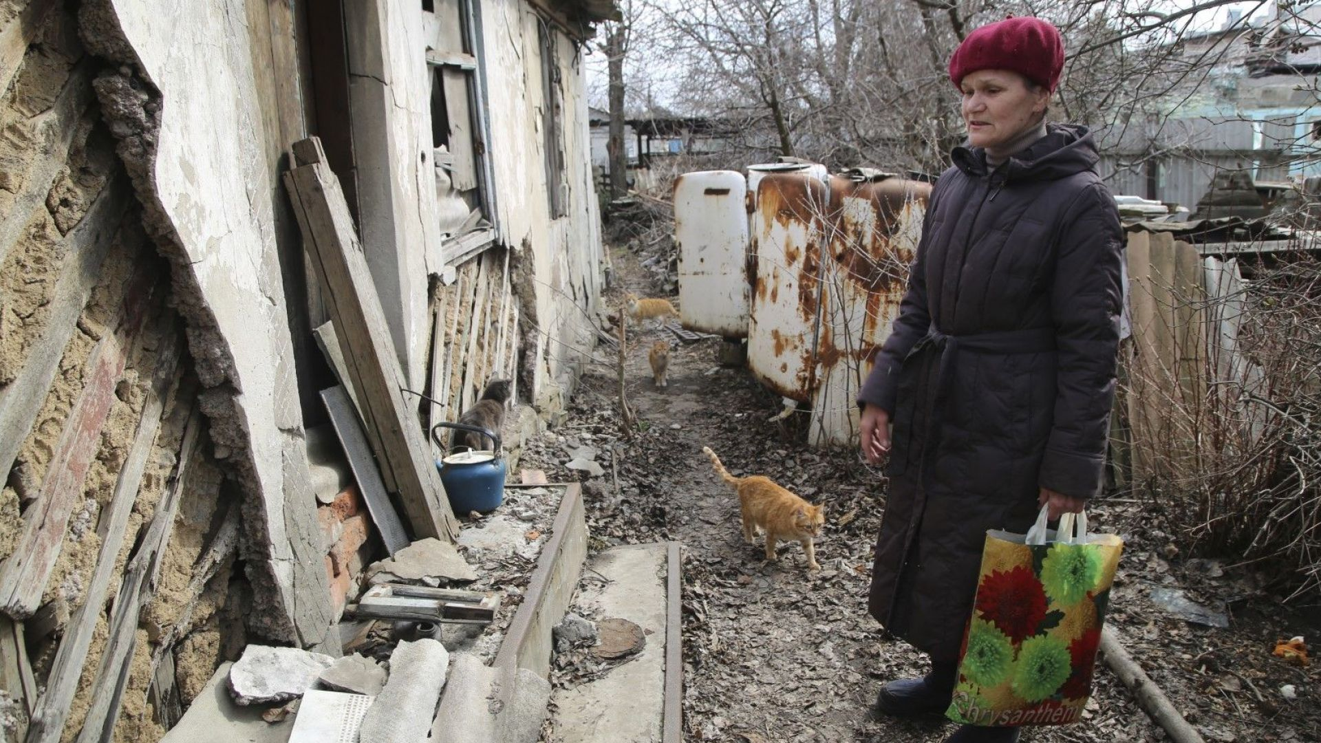 Игра на нерви за Донбас: Блинкън и Песков предупреждават под погледа на Ердоган