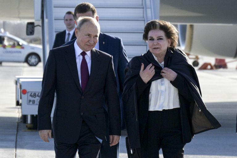 Путин и първата жена космонавт - Валентина Терешкова