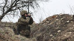 Русия: Не продавайте оръжие на Украйна. САЩ разговаря с НАТО: Агресията на Москва нараства