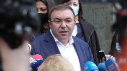 """Здравният министър предложи два варианта за хората, ваксинирани с """"АстраЗенека"""" (видео)"""