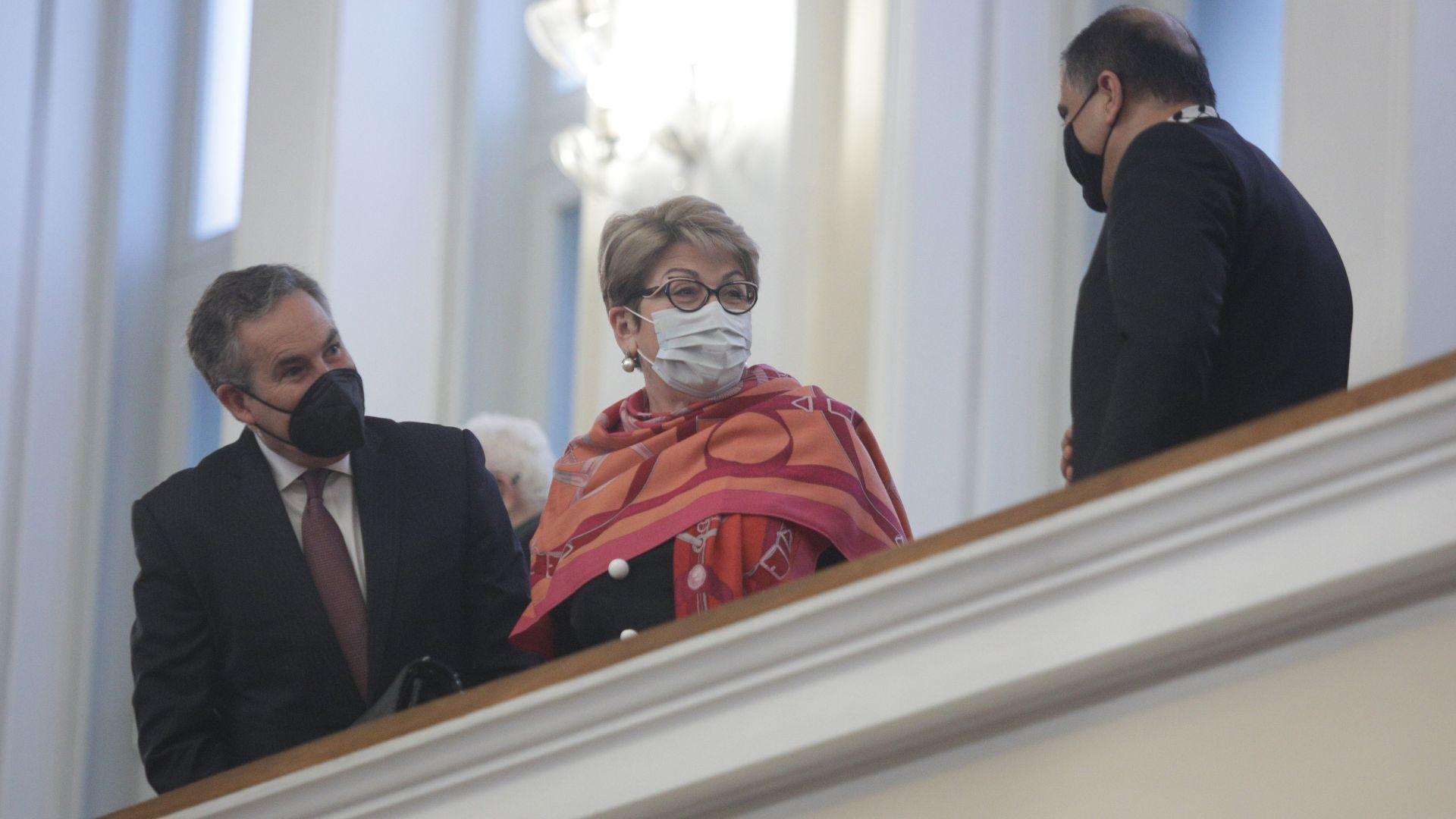 Посланик Митрофанова за българо-руските отношения, шпионския скандал, Навални и Украйна