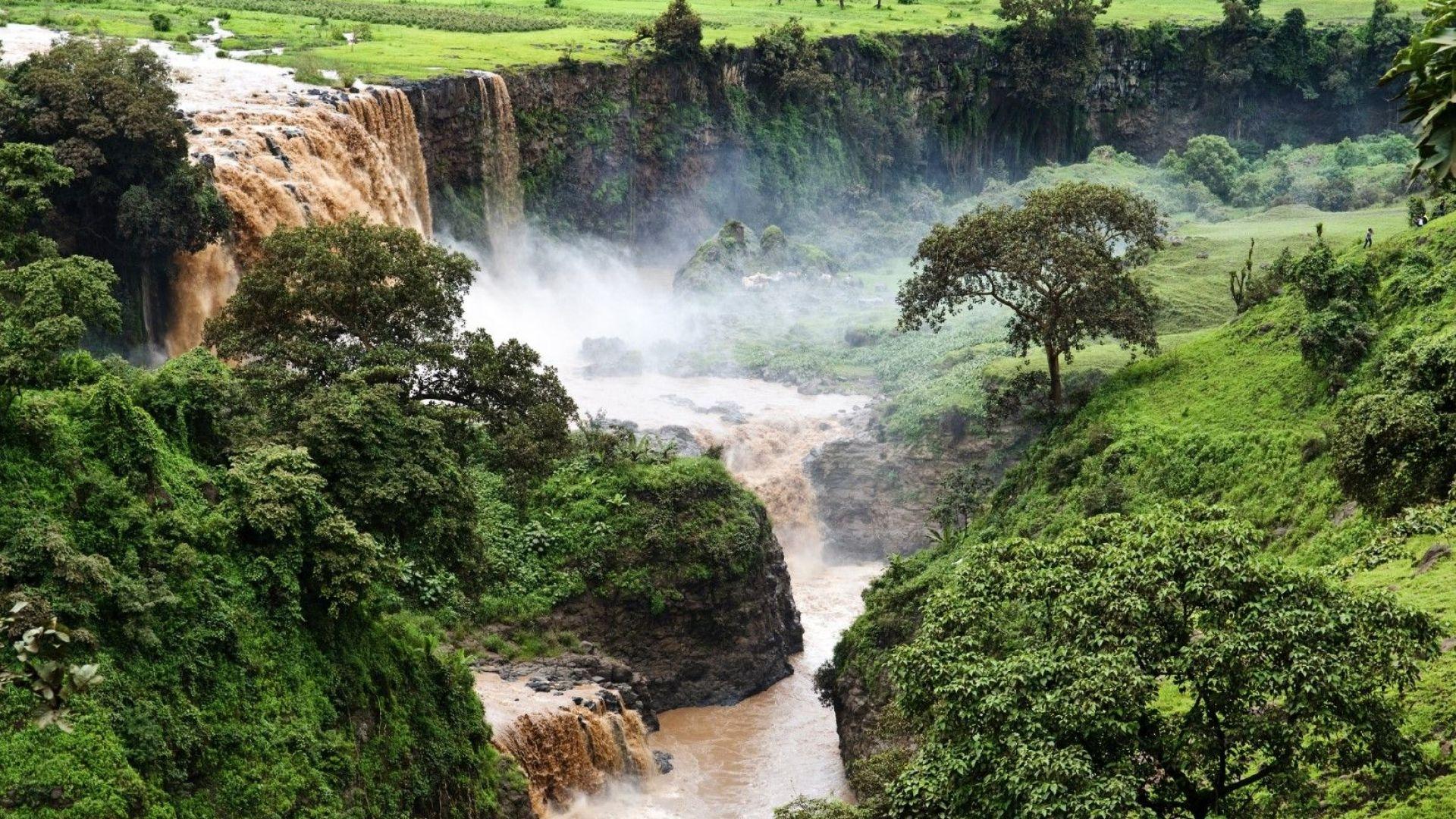 """Глад, наводнения и война, ако Етиопия продължи да пълни големия язовир """"Ренесанс"""""""