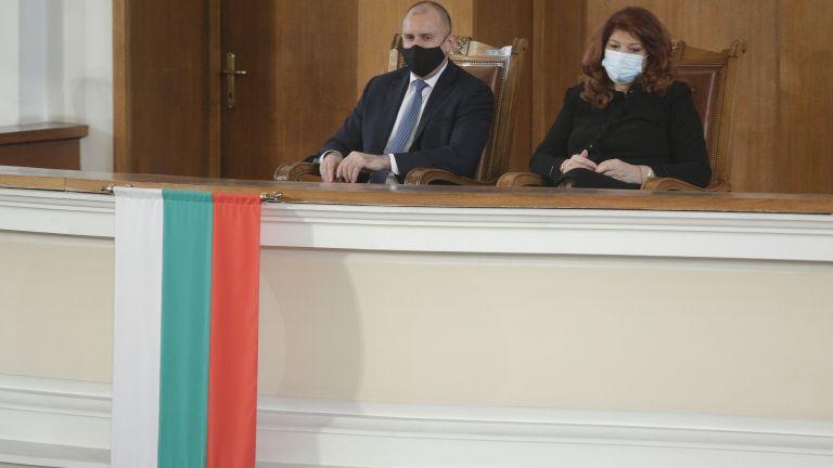 Президентът Румен Радев започва консултациите с представители на парламентарните групи