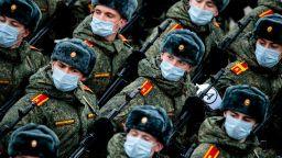 Русия показа как тренира за парада на Победата
