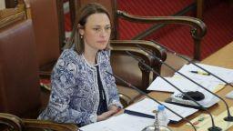 Новият председател на НС поиска отмяна на Великденската ваканция за депутатите