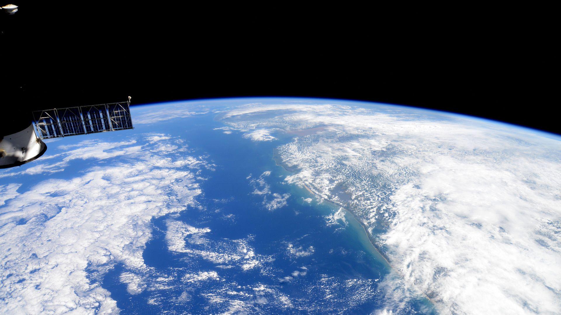 """НАСА замисля спътникова """"Земна обсерватория"""""""