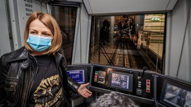 """Йорданка Фандъкова: На 24 април пускаме метрото до """"Горна баня"""" (снимки)"""