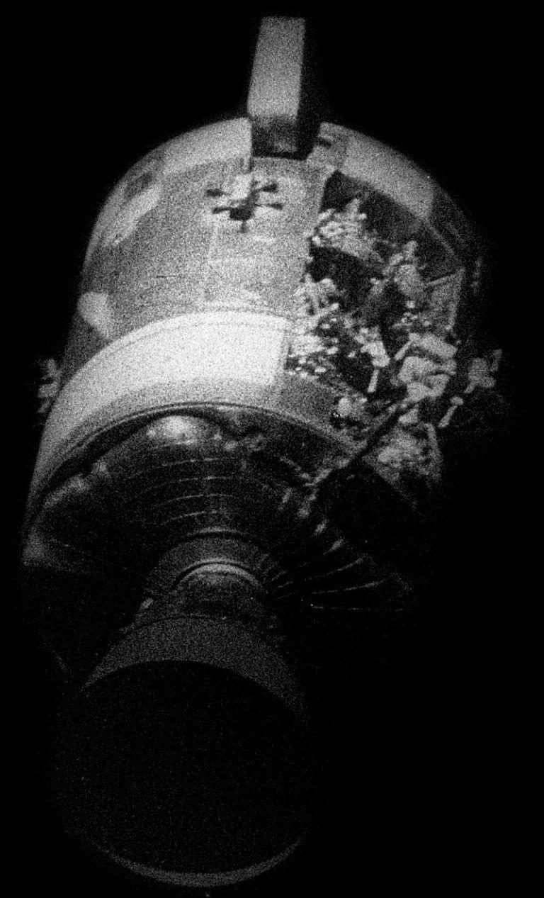 "Експлозиралият резервоар с кислород на ""Аполо 13"""
