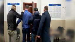 Руската служба за сигурност публикува видео на ареста на украинския консул