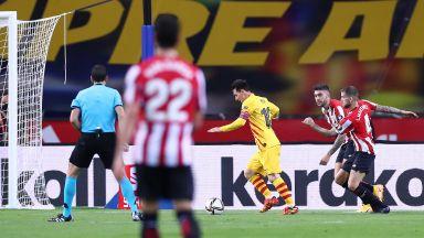 Меси вкара два гола и вдигна Купата в мач, който може да е последния му финал с Барселона