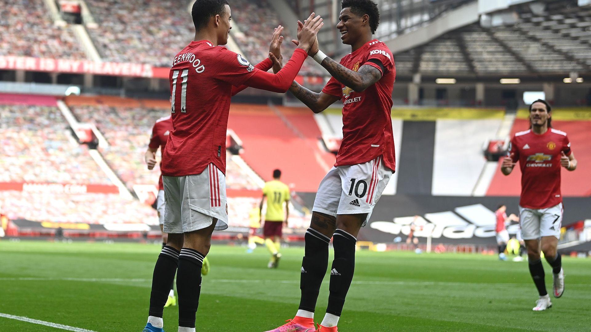 Манчестър Юнайтед с късен успех, а ВАР пак изуми с отсъждане в мача на Арснеал