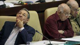 Раул Кастро си отива, но политическият курс  в Куба остава
