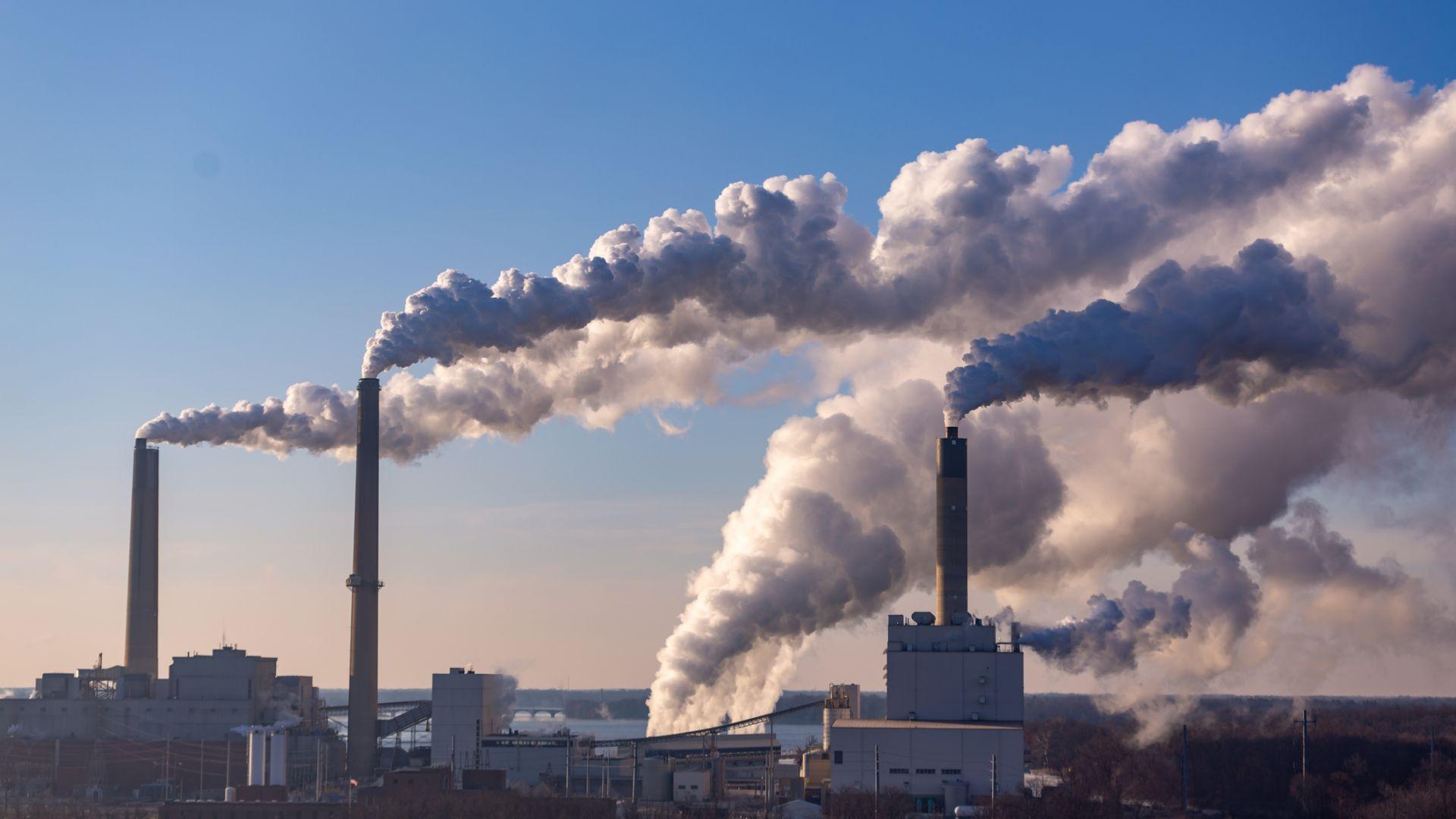 ЕС постигна сделка за нова климатична цел: 55% по-малко емисии вместо 40%