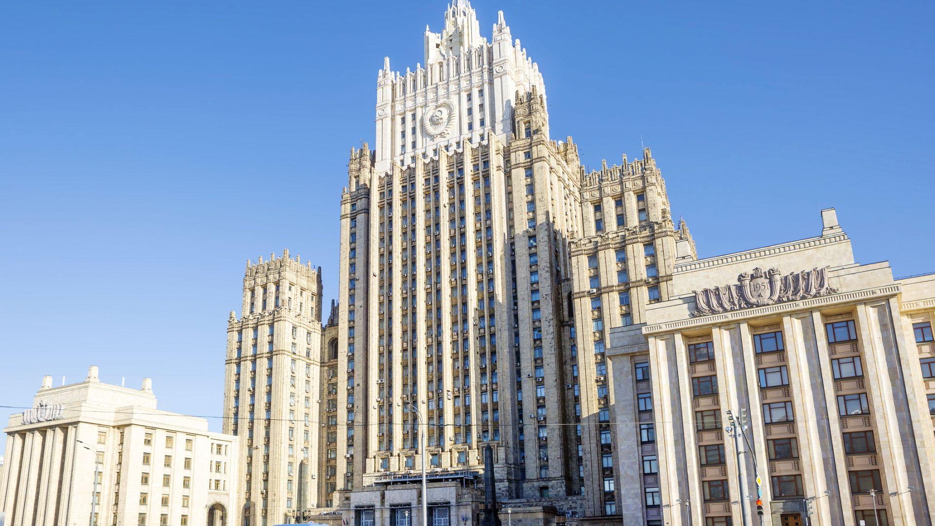 Русия продължава да гони дипломати, този път от Словакия и  балтийските страни