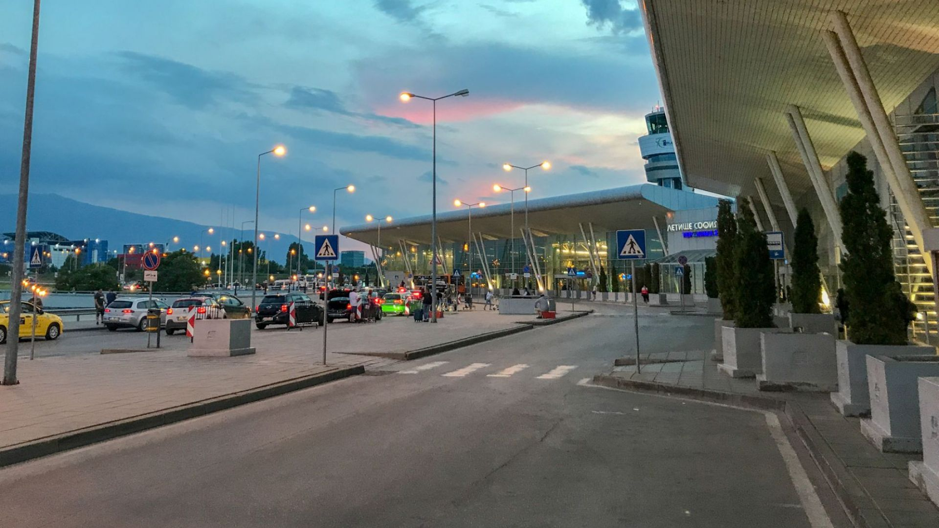 Летище София сертифицирано с най-високата степен за работа при пандемията
