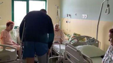 Борисов към пациентки: Викаха ми – не оди да риташ топка, обаче акъл не расте