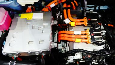 Полша ще строи първия в Европа завод за рециклиране на батерии за електромобили