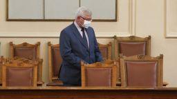 ГЕРБ си хвали бюджета, останалите партии го засипаха с критики