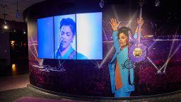 """5 години от смъртта на Принс: Имението """"Пейсли парк"""" посреща ограничен брой фенове"""