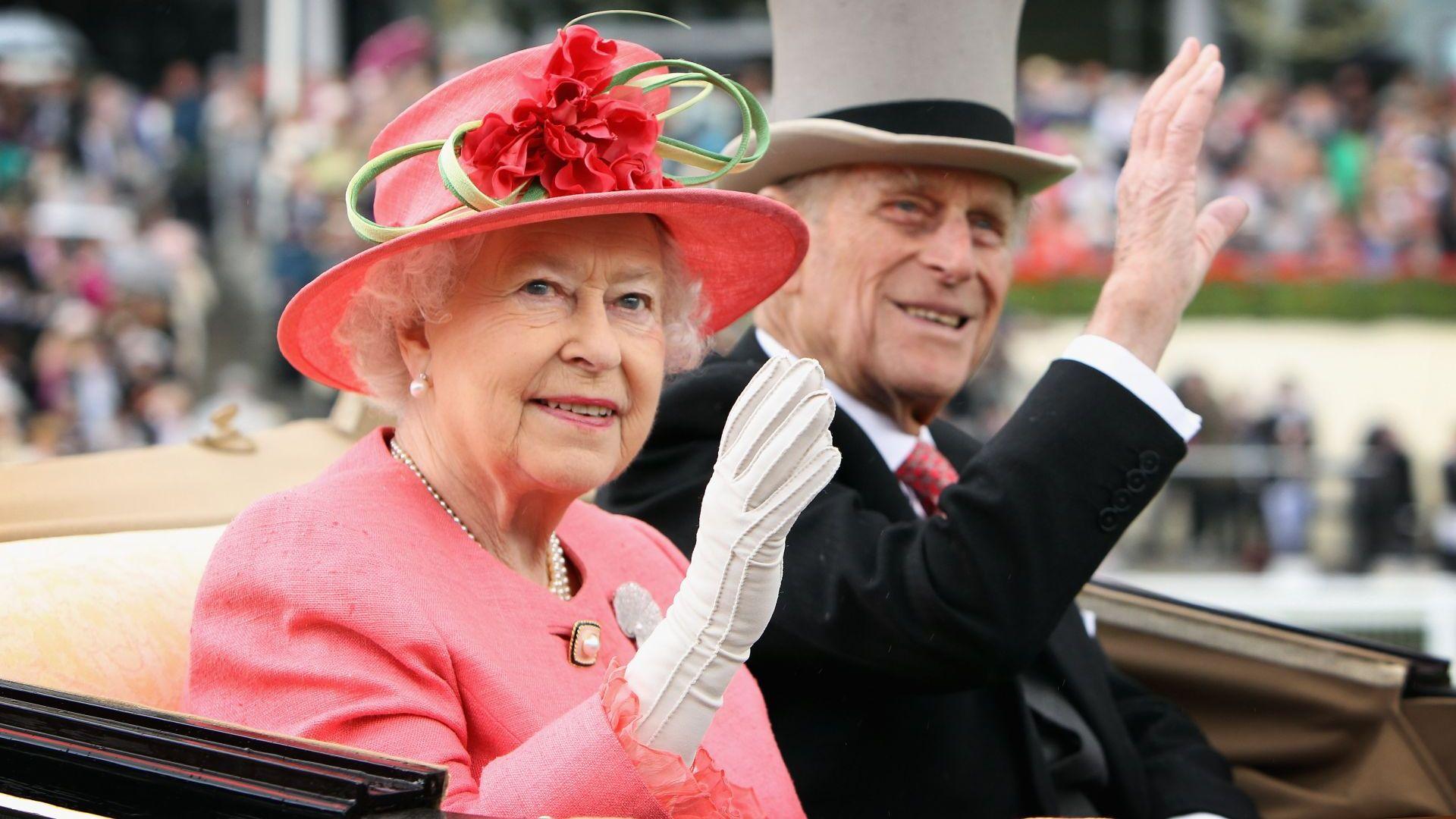 Най-големият подарък за рождения ден на кралицата - почитта на страната към покойния ѝ съпруг