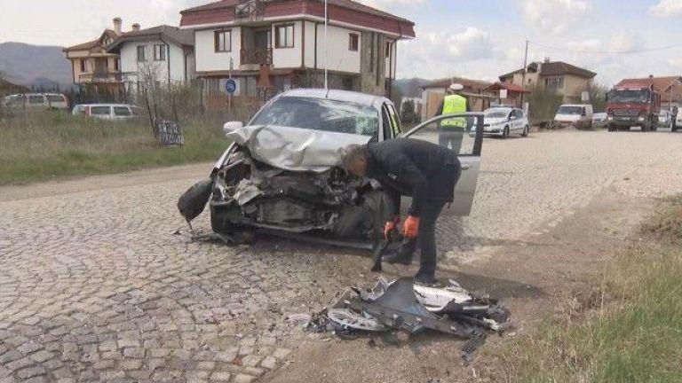 Шофьор е изгорял заедно с управлявания от него лек автомобил